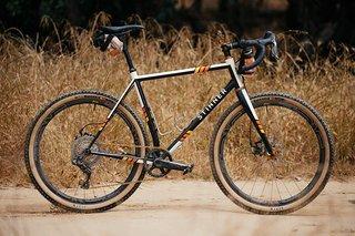 Jeremys-Stinner-Baja-Buggy-27.5-Monster-Cross-Bike-1-1200x800.