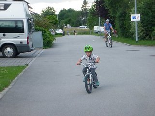 Hannes on Bike 021.JPG