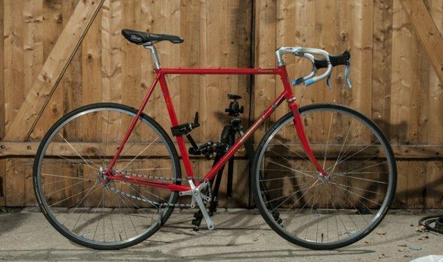 EINZIG Bikes: Singlespeed und Fixed Gear Bikes aus